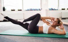Es ist kein Geheimnis: Je älter man wird, desto langsamer wird der Stoffwechsel und desto schwieriger wird es, mit einem effektiven Training anzufangen. Also, ran an die Hanteln!