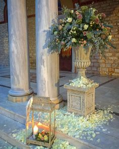 Fleurs Trikala Greece Outdoor, Weddings, Painting, Beautiful, Decor, China Cabinet, Entryway, Art, Flowers