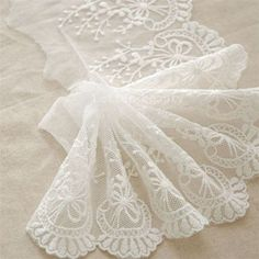 1m vintage white lace edge trim #flower embroidery wedding #dress bag #sewing diy,  View more on the LINK: 	http://www.zeppy.io/product/gb/2/301880576235/