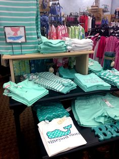 the gingham on the vineyard vines shirt Preppy Southern, Southern Belle, Southern Prep, Simply Southern, Simple Southern Shirts, Preppy Outfits, Cute Outfits, Summer Outfits, Preppy Clothes