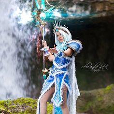 Cosplayer: Ellebasi Cosplay Character: Crystal Maiden Arcana From: DOTA 2 Photographer: Alexandre Le K Photographe Lyon Country: France
