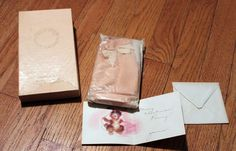 Vintage Powder Mitt Beauty Counselors, inc. Vanity Perfume In Box with Card