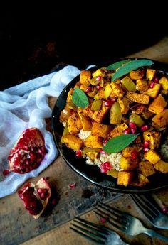 Warm Moroccan Roasted Vegetable Salad (Vegan) by occasionallyeggs #Salad #Roasted_Veggie #Butternut_Squash #Apple #Quinoa #Onion #Garlic #Ginger #Cumin #Cardamom #Turmeric #Cinnamon #Lemon #Maple_Syrup #Healthy