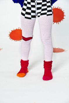 WINTER 2013/14 COLLO ATO Allover tights, elastized waist knickers and pleated socks in « trompe l'œil » style.