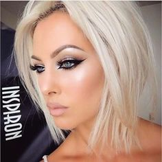 42 Best Gorgeous and Sexy Silver Hairstyle 😊 You Must Try in Prom 💕 - Diaror Diary - Page 23 Hair Makeup Beauté Blonde, Silver Hair, Hair Dos, Gorgeous Hair, Beautiful Eyes, Pretty Hairstyles, Hair Lengths, New Hair, Hair Inspiration