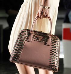 In love with this Prada bag :O