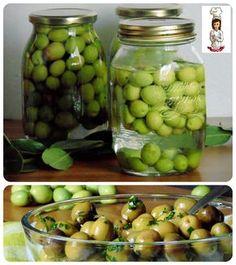 Ingredienti: Fare le olive in salamoia in casa è davvero una bella soddisfazione,potete conservarle e avrete modo gustare questo gustoso frutto tutto l'ann