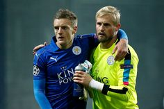 Jamie Vardy with Kasper Schmeichel after the match