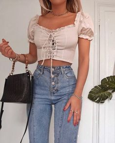 Fall Fashion Outfits and Street Style Casual Look Ideas Of Trend Clothes Fall Fashion Outfits, Look Fashion, Womens Fashion, Feminine Fashion, Classy Fashion, Indie Fashion, Hipster Fashion, Grunge Fashion, Modest Fashion