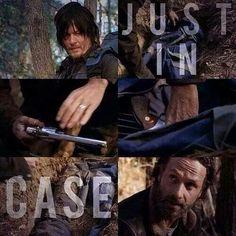 "Daryl & Rick; hiding guns. ( Just in case )  Season 4 finale.   ""A""     pic.twitter.com/ICEK5VIAzt"