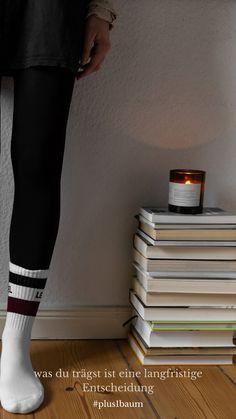 Warum nicht gleich mit #nachhaltigen #Socken starten? Entdecke unsere Jakob-Crew-Socken #nachhaltigesocken #socks #sockendesign #fotoshoot #natural Sport Socks, Retro, Design, Fashion, Ingolstadt, Tennis Socks, Crew Socks, Sporty Outfits, Moda