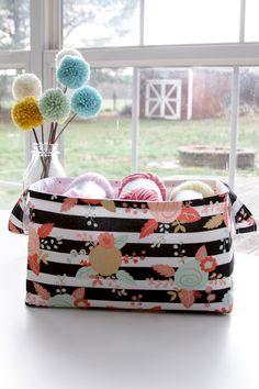 Easy 30 Minute Fabric Basket - DIY Tutorial