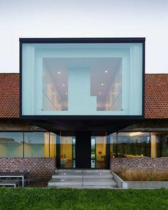 A modern renovation of a farmhouse in Belgium