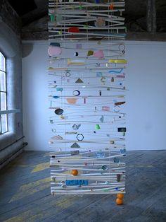 Suggestive exhibition explores a very postmodern eroticism… Lara Angol, Rebecca Ounstead and Samara Scott — Girl on Girl Mobiles Art, Instalation Art, Arte Fashion, Postmodernism, Recycled Art, Art Plastique, Public Art, Textile Art, Art Inspo
