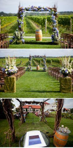 Wonderful rustic design! Laura   Don: Hochzeit auf dem Weingut mit Roberto Falck Photography