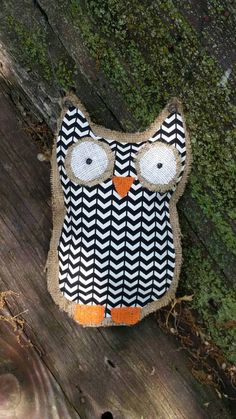 Black and white chevron bulap owl hanging