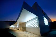 青森県立美術館|事例集|ヤマギワ株式会社