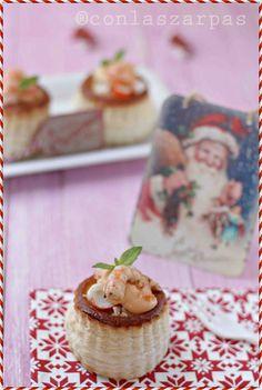Volovanes de coctel de gambas y manzana Tapas, Canapes, Shrimp Recipes, Cheesecake, Pudding, Meals, Desserts, Food, Honey