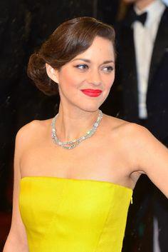 """""""""""Las famosas mejor maquilladas de 2013 - Marion Cotillard"""