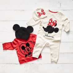 Love these… you can get them in baby gap ❤ – mom smart Disney Baby Clothes, Cute Baby Clothes, Baby Disney, Baby Girl Fashion, Toddler Fashion, Kids Fashion, Cute Baby Girl, Cute Babies, Baby Kids