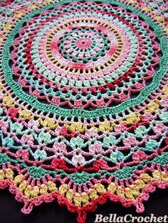 Threadie's May 2015 Crochet Along (CAL) (With images) Crochet Round, Crochet Home, Crochet Crafts, Crochet Projects, Thread Crochet, Knit Or Crochet, Crochet Stitches, Free Crochet, Crochet Mandala Pattern