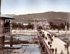 1890年代の京都 • 四条大橋                                                                                                                                                                                 もっと見る