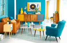 Previous Next Vintage Style Modern Retro Living Room Ideas Let's move to the heart-wining designing of the living room with this fantastic retro-style idea. This beautiful retro-style plan will be suitable for both small living room … Living Room Plan, Retro Living Rooms, Small Living Room Design, Colourful Living Room, Small Living Rooms, Living Room Designs, Living Room Decor, Modern Living, Living Room With Color