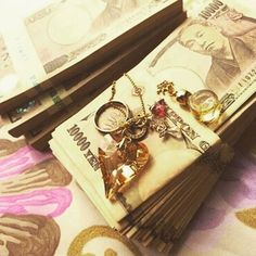 I Need Money Quotes - Money Tips Business - - Money Heist Cover Lotto Winners, Money Rose, Money Pictures, Dollar Money, Loan Company, All Currency, Money Stacks, Get A Loan, Quick Cash
