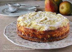 Torta di ricotta e pere, facile e veloce, è composta da due strati, uno di morbida torta e l'altro di una deliziosa crema alla ricotta arricchita di pere..