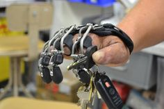 Naked Prosthetics, a company started by disabled veteran Colin Macduff and his wife, has turned to printing technology in order to restore full finger function for both himself and others with simi 3d Printing Industry, 3d Printing Technology, Impression 3d, Prosthetic Fingers, Robot Hand, Arte Robot, Arduino, Robot Design, Mechanical Design