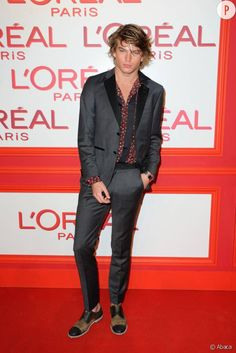 Jordan Barrett, le mannequin star continue de faire sa Fashion Week