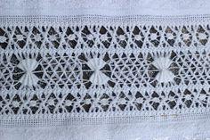 Vó Donazinha: BAINHA ABERTA/CERZIDO Bordado Popular, Needle Lace, Hand Embroidery, Embroidery Ideas, Crochet Top, Blog, Linens, Linen Tablecloth, Yarn Crafts