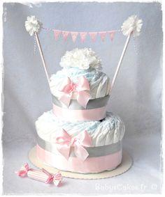 Gâteau de couches à croquer avec les petites prunelles d'une petite Janelle