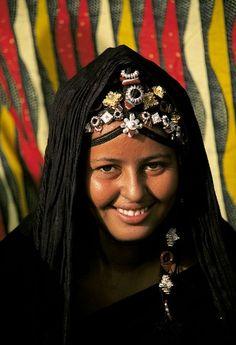 Africa   Tuareg woman.  Timbuktu, Mali   ©Jaled Ibarra