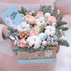 Pastel winter ❄️❄️❄️#lathyruslavka #flowers#flowerbox #cotton #chrismasdecor#newyear #winter #winterbox