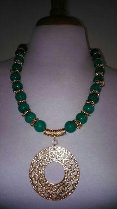Collar en jade
