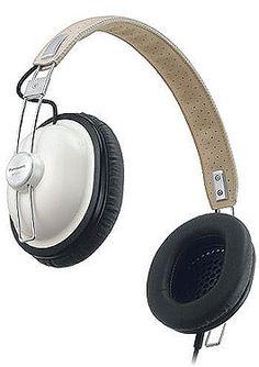 Panasonic Retro Headphones: Old school cans, new school sound Panasonic Headphones, Cordless Headphones, Iphone Headphones, Best Running Headphones, Best Headphones, Over Ear Headphones, In Ear Buds, Piano, Inspector Gadget