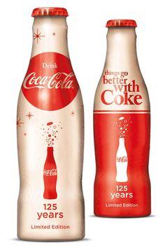 Edición especial inglesa 125 Aniversario de Coca-Cola Company con imágenes del ilustrador Vargas