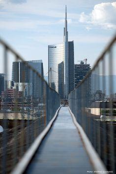 Unicredit bank HQ view from Galleria Vittorio Emanuele skywalk, Milano