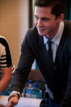 Logan Lerman, Percy Jackson Cast Signing, B&N - The Americana