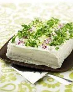Salami-tsatsiki-voileipäkakku Cheesecakes, No Bake Cake, Feta, Cabbage, Appetizers, Baking, Vegetables, Ethnic Recipes, Drinks