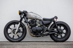 Kawasaki KZ550 Cafe Racer by Ventus Garage #motorcycles #caferacer #motos | caferacerpasion.com