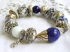 delft blue style bracelet beaded bracelet delft blue jewelry blue bracelet blue and white delft holland