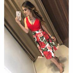 A P A I X O N A D A ✨ Top Laura   saia midi Liliane Compras pelo site: www.estacaodamodastore.com.br . Whatsapp Site: (45)99953-3696 - Thalyta (45)99820-6662 - Jessica . Ou em nossas lojas físicas de Santa Terezinha de Itaipu e Medianeira - PR