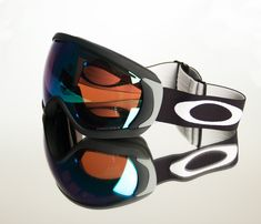 Level up your performance 🏂🎿 with the best Oakley Goggles. Check out here ⬇️ Oakley Eyewear, Oakley Sunglasses, Oakley Goggles, Christmas Time, Check, Design