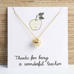 Teacher's Apple Gift Card! Love this and it's under $30!