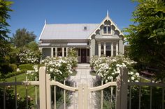 Book Lilac Rose Boutique Bed and Breakfast, Christchurch on TripAdvisor: See 275 traveler reviews, 108 candid photos, and great deals for Lilac Rose Boutique Bed and Breakfast, ranked #6 of 134 B&Bs / inns in Christchurch and rated 5 of 5 at TripAdvisor.
