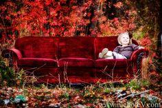 Red Velvet Couch <3