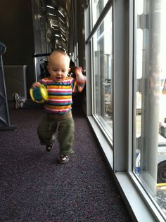 Some really great travel tips for air travel and hotels with infants/toddlers.