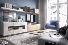 Los salones modernos modulares de Merkamueble tienen varias notas en común: adaptabilidad, diseño actual y una amplia gama de colores. Seguro que te gustan.